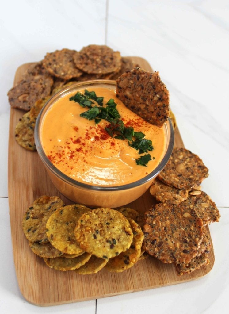 Vegan roasted red pepper hummus recipe made with white beans (gluten free)